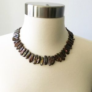 Shell looking Necklace Brown Iridescent Look